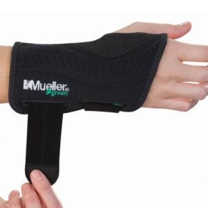 Mueller Green Technology Fitted Wrist Brace