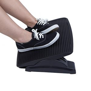 MIND READER Black Ergonomic Adjustable Height Foot Rest